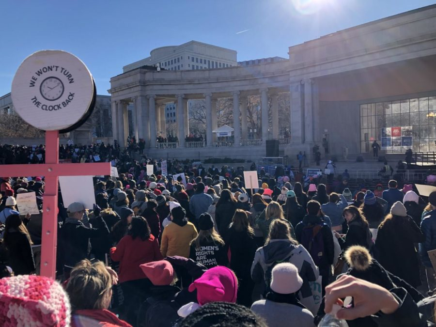 Tons+of+people+at+the+Womxn%27s+March+get+ready+to+march+after+the+inspirational+speakers+concluded+the+pre-rally.