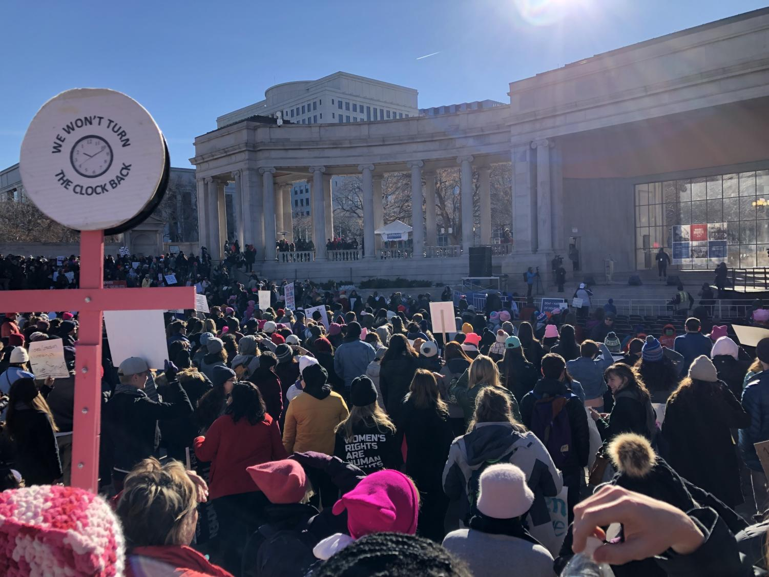 Tons of people at the Womxn's March get ready to march after the inspirational speakers concluded the pre-rally.
